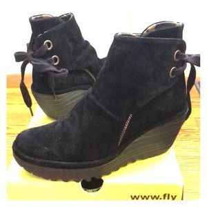 FLY London YAMA Suede Ankle Wedge Tie-back Boot 37